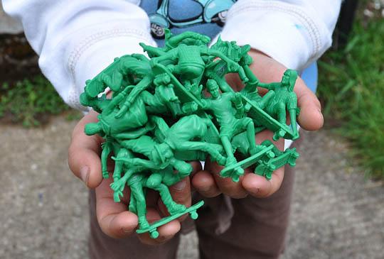 toy-boarders-1