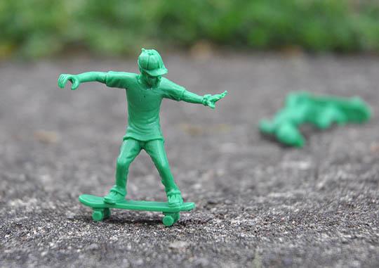 toy-boarders-2