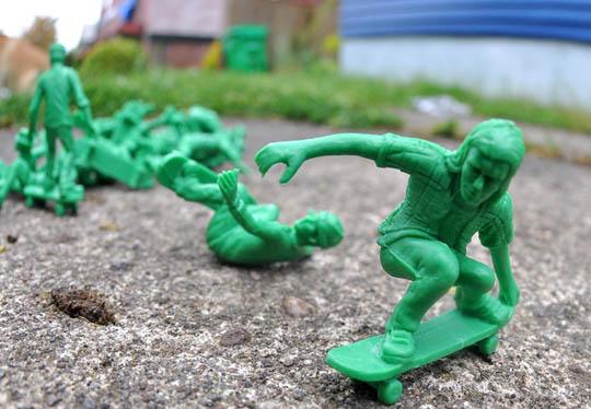 toy-boarders-5
